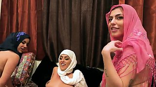 Teen secretary Hot arab women try foursome