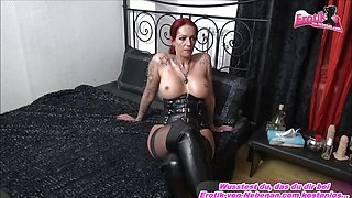 DEUTSCHE SCHLAMPE german tattoo bitch milf amateur