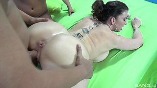 Brunette amateurs Jenna and Sara Jay have first group sex