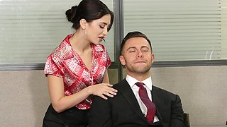 Cunt licking turns on secretary Jane Wild and she craves for sex
