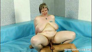 Naked BBWs wrestling