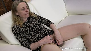 Good looking senile woman is dildo fucking sex starved cunt