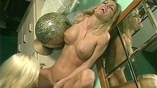 Nasty lesbian threesome with two hot blondes and a midget
