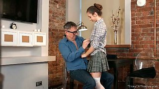 Lewd teen Nastya shows her blowjob skills to an older man