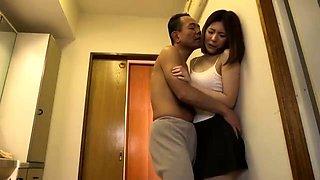 Amateur Asian Lady blowjobs