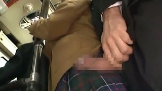 Showing blowjob off to the high school student in the bus