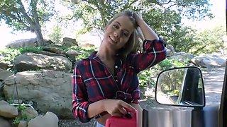 Stranded Teens - All Natural Texan teen Jill Kassidy gets Fucked in the Car