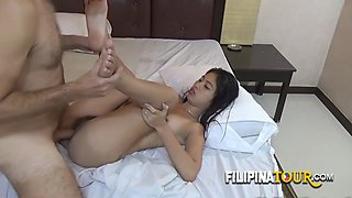 Yassi takes a tour on a tuktuk directly to a tourist&#39s big hard cock