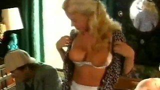 Laura Singer - British Retro Pornstar Hardcore