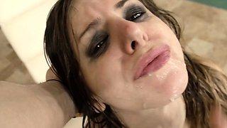HER LIMIT - British Stella Cox gets DP in rough threesome