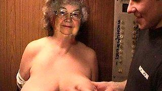 ILOVEGRANNY Amateur Moms Seductive Pics Compilation