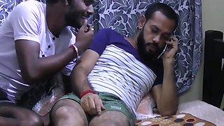 Desi Padosi Threesome Sex With Two Indian Boys