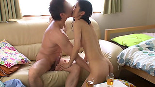 Guest fucks this hot Asian housewife