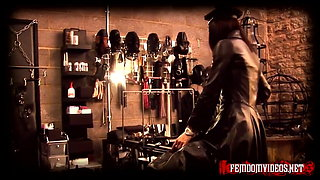 Mistress Krush in full leather - part 1