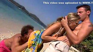 Exotic Outdoor, Beach xxx clip