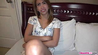 Thai whore fucked by Japanese tourist and creampied