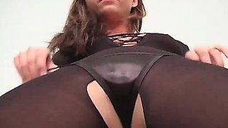 Carli Banks - Pantyhose Teasing Girl On Girl Wrestling