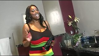 This big assed ebony MILF is hot and she can certainly ride it cowgirl style