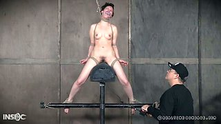 Leggy tied up nympho gets teased with a sex machine in hardcore mode