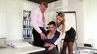 Office hunk plowing pussy and ass during mmf