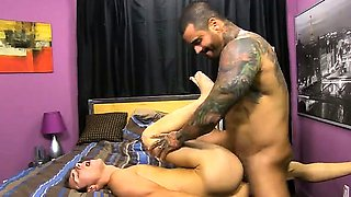 Sexy men Alexsander embarks by forcing Jacobey's head down o