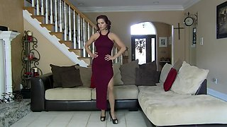 Stupid cunt in pantyhose