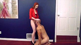 oral pleasure for classy mistress