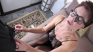 Mommy gives me footjob
