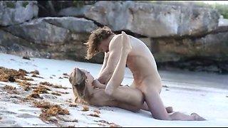 Exquisite sex on the beach in art movie