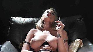 Danielle Maye custome smoking masturbation