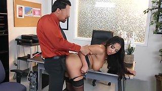 Big tits sex video featuring Priya Price and Juan Largo