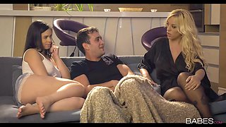 Blondie Fesser and Nekane glamour 3some