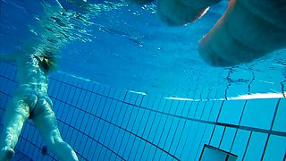 Adorable amateur girl shows off her naked body in the pool