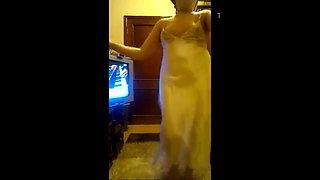 Hot Arab Woman 10