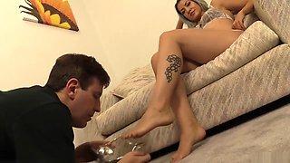 Feett Cleaner of a Royal Mistress