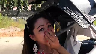 Petite Filipina eats semen of bold foreign tourist after
