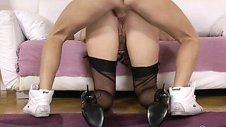 Naughty cockriding glamour mature facialized