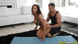 Busty girl Kendra Lust wants to taste a friend's fat cock