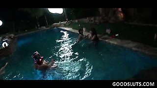 College sluts fucked in gangbang at pool party
