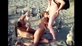 Nude beach - mff threesome