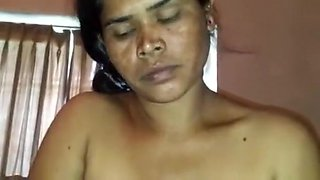 Aunty Hot Sucking Sex