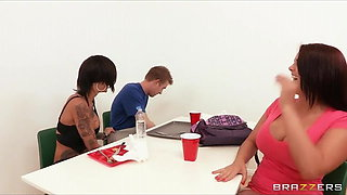 Bonnie Rotten Squirts on a fat cock