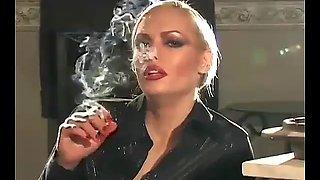 Miss nadia smoking fetish pov