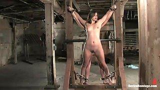 kinky ladies are tirtured and pleased in bondage scene