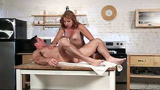 Fucking in the kitchen with natural boobs amateur girlfriend Eidyia