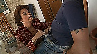 Roberta - mature Italian-English slut