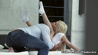Fabulous pornstar Candee Licious in Crazy Foot Fetish, Blonde xxx movie