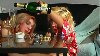 Two amateur blonde Russian chicks having party together