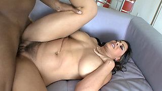 Really Miss This Busty MILF Raylene