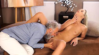 OLD4K. After passing all exams blonde has sex